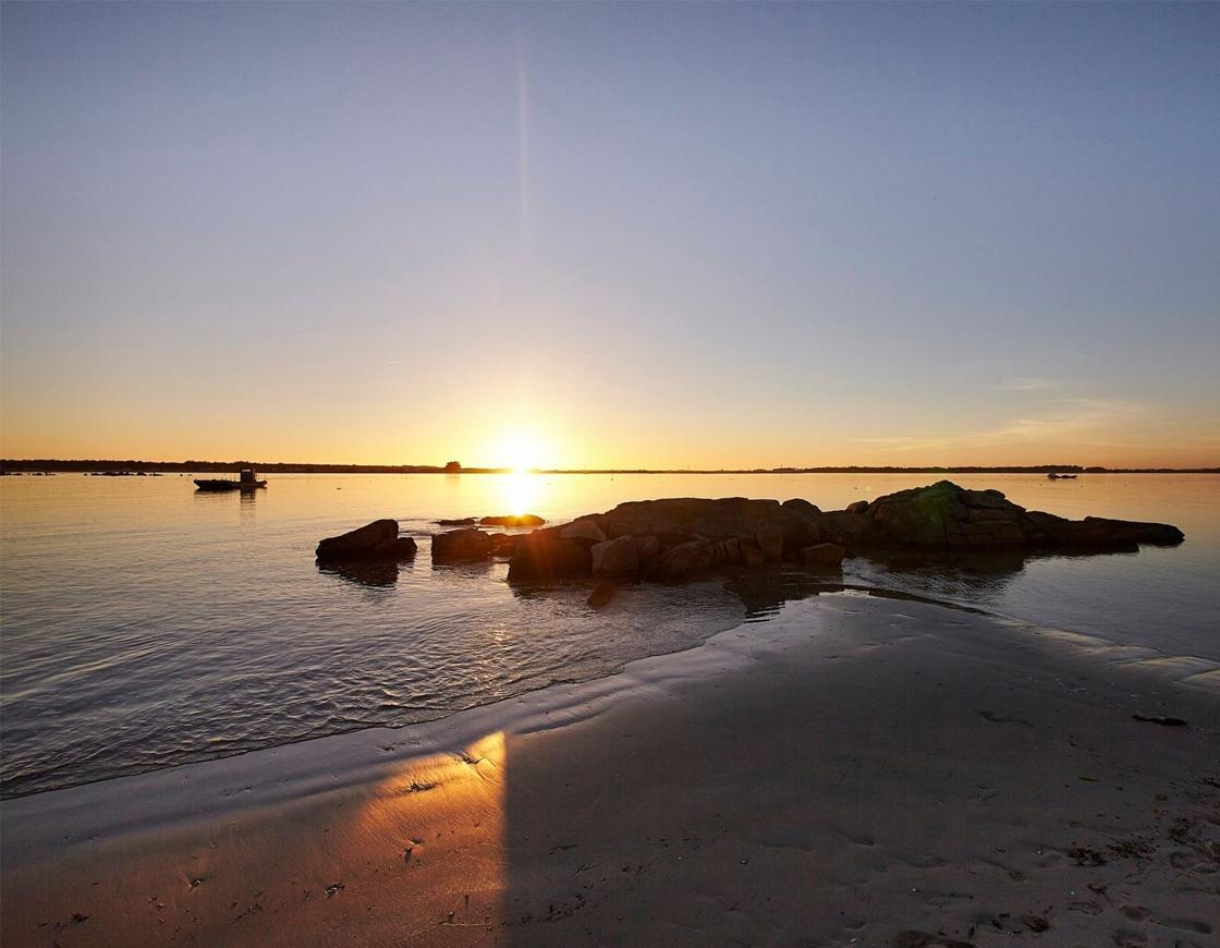 couché de soleil à Carnac avec vue sur mer